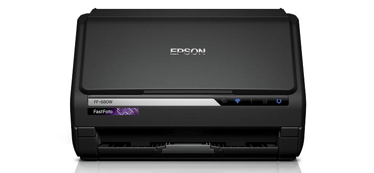 Epson'un Yeni FastFoto Tarayıcısıyla 30 Saniyede 30 Fotoğraf!